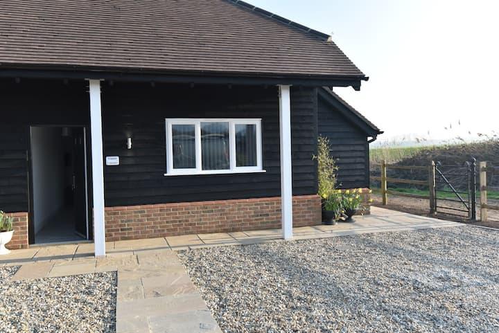 Violet Corner at Footpath Cottages