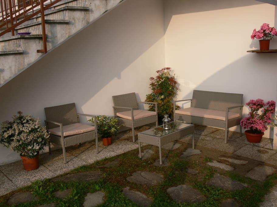 Salotto giardino