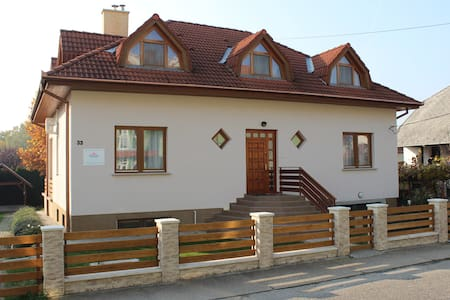 Apartment with a balcony in Heviz