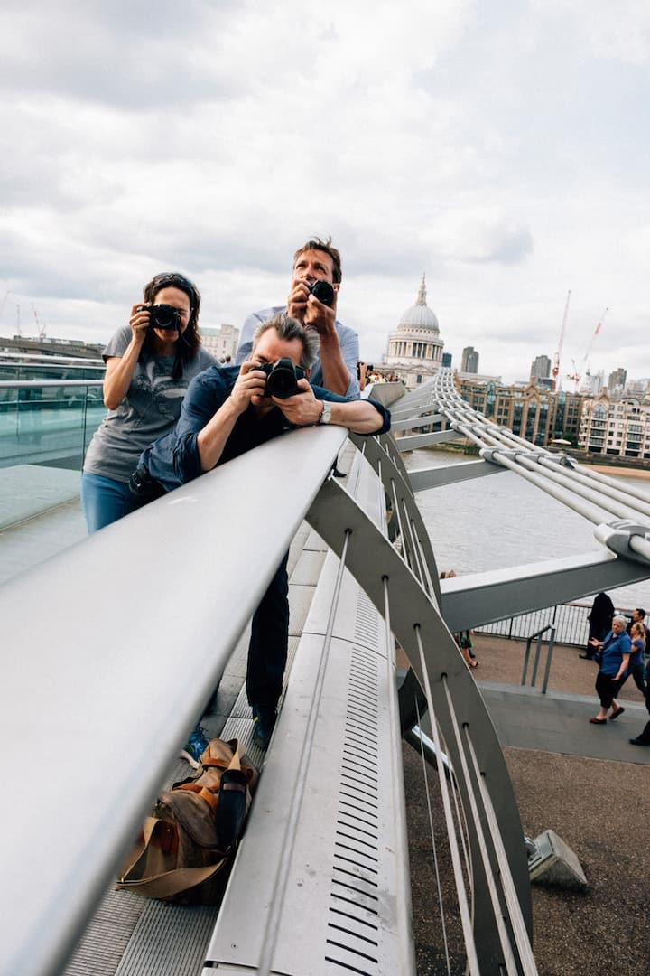 Shooting on Millennium Bridge
