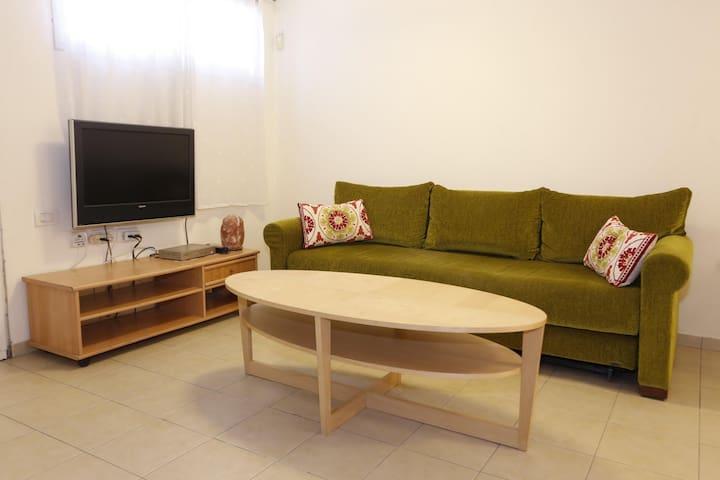 yael's apartmet - shoham city  16/9-30/9