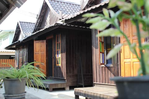 KTT Homestay by Kae-Tik-Ta Hut # 02