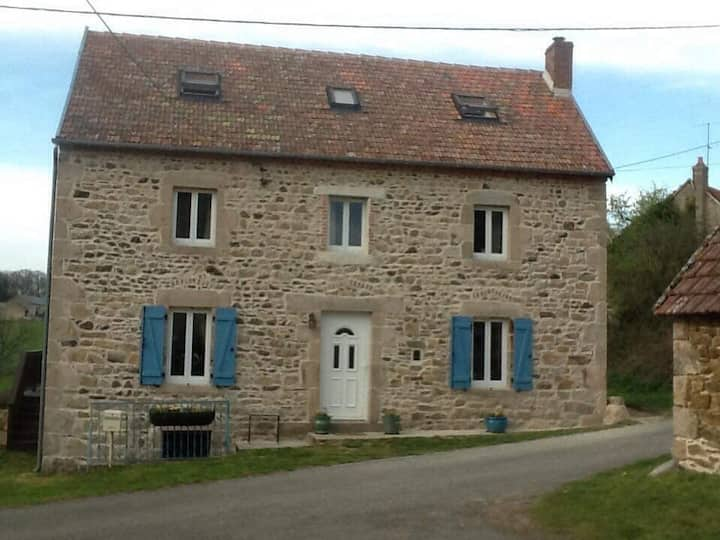 Gite sleeps 6-8 in beautiful Auvergne