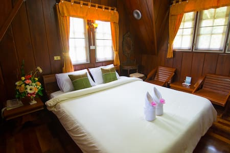 Private Bungalow on Wattana Village Resort - Mae Sot - Bed & Breakfast - 1