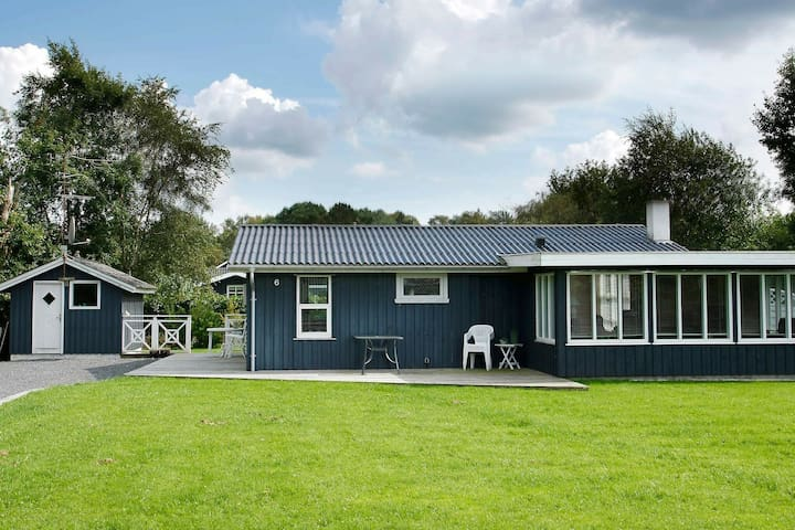 Pleasant Holiday Home in Hals with Whirlpool