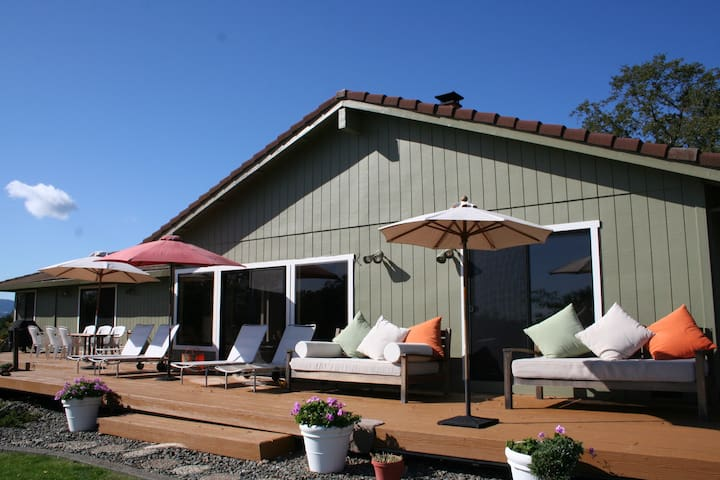 5 star Contemporary with Views - Geyserville - House