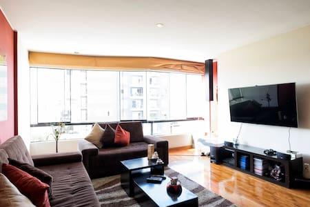 Modern Apartment near Miraflores - Surquillo