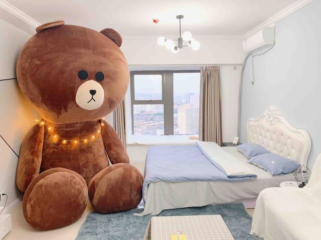 「豆叽」No.2时光机  3.4米超大布朗熊/适合拍照/近王城公园/新都汇/王府井