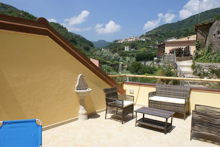 HOLIDAY HOUSE SANTA RITA - Maiori - Apartmen