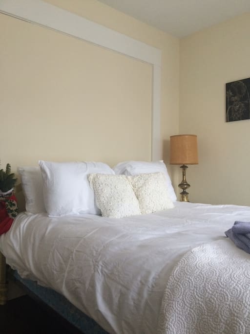 New Hampshire Bed And Breakfast Dog Friendly