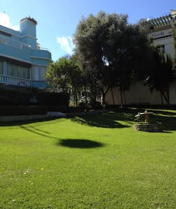 Maison magnifique avec 1500 m2 de jardin - Tangier