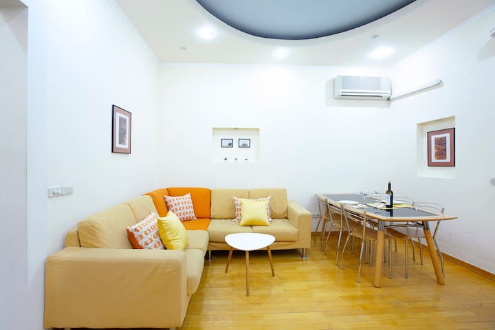 Livingroom - Imagine here relaxing with good conversation, a glass of wine and friends