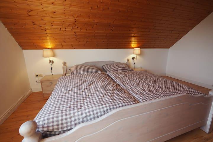 Modern apartment - cozy & green - Ochtersum