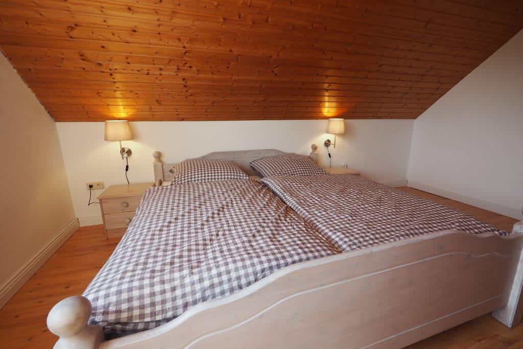 Schlafzimmer - frisch und freundlich