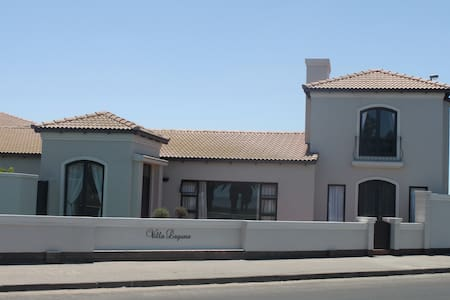 Villa Laguna  Bed & Breakfast - Walvis Bay
