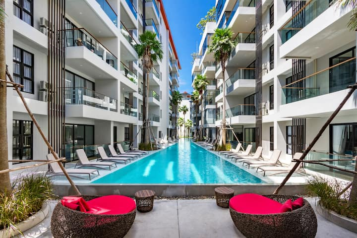 MODERN 1BR with Terrace, 300 meters to Surin Beach