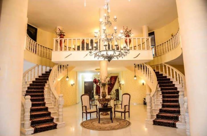 villa adham