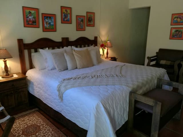 Cozy Room in Tecpán Guatemala - Tecpán - บ้าน