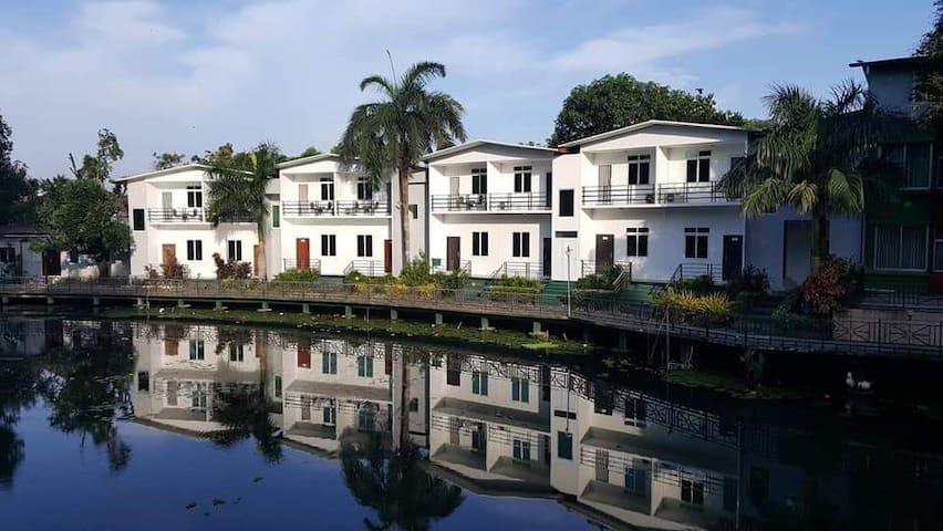 Green Acres Hotel