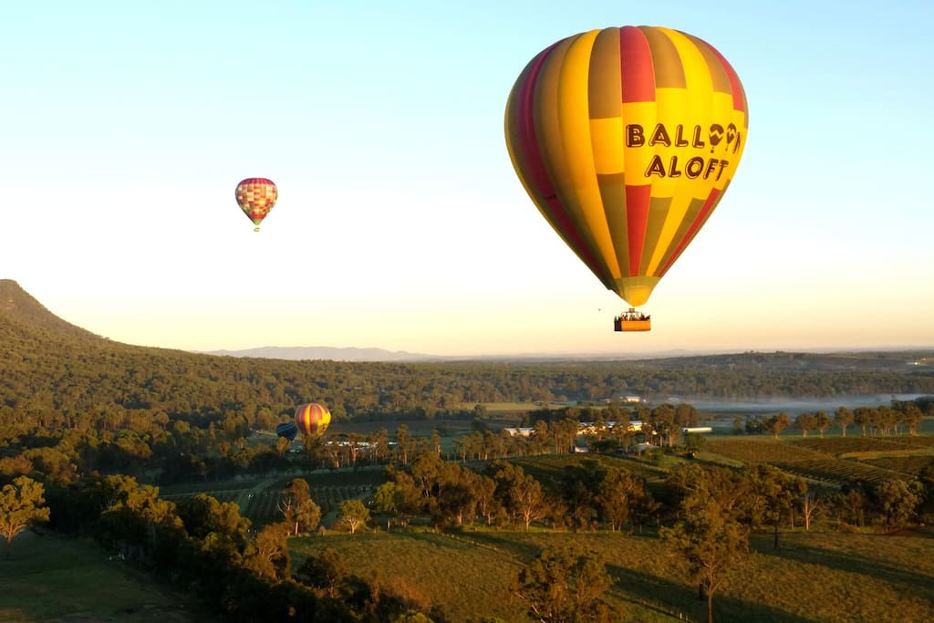 Hot Air Ballooning in the Vineyards