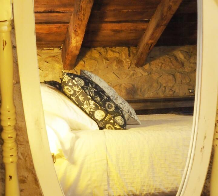 Habitació Groga - Cocou - Mas Cal Sastre
