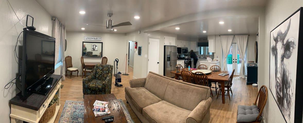 Nixon home in beautiful scenic old southwest Reno