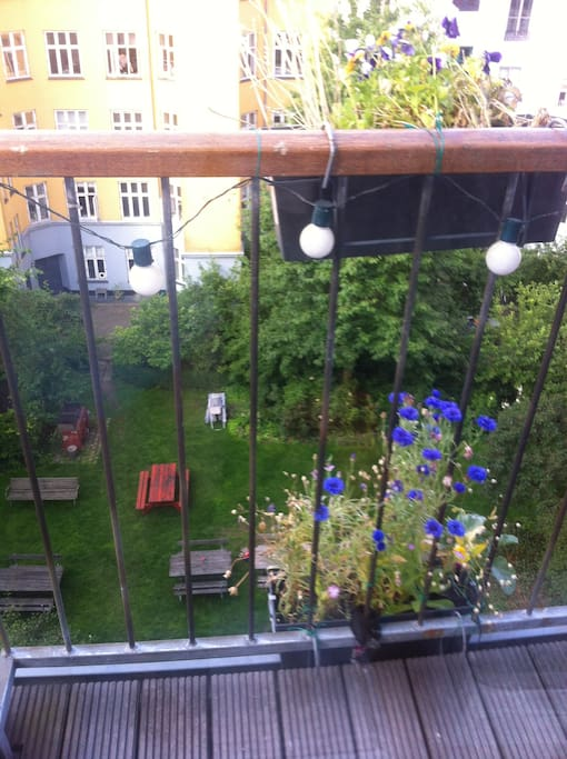 Small balcony with a great view tof the garden