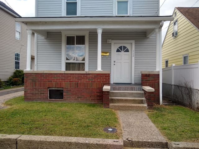 2 Story Home W/ Laundry and Off Street Parking