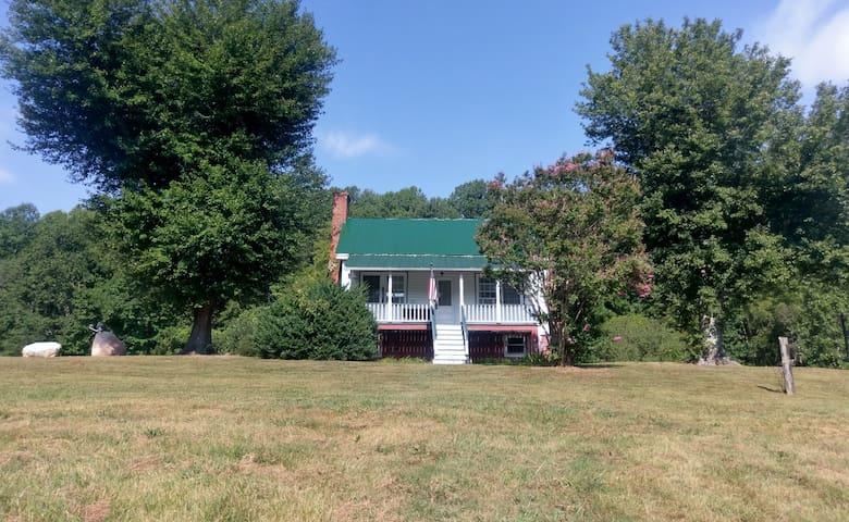 151 Inn on Afton's Brew Ridge Trail / Nelson's 151