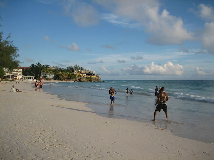 Accra, the local beach 5 mins from the apartment