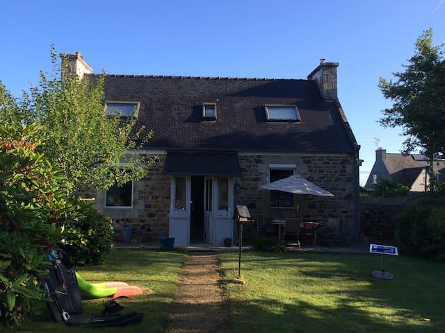 Petite maison bretonne proche de la mer - Pleumeur-Bodou - Ev
