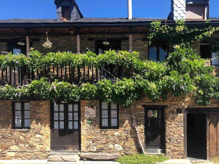 Casa rural **** El Barreiro. Ideal para familias.