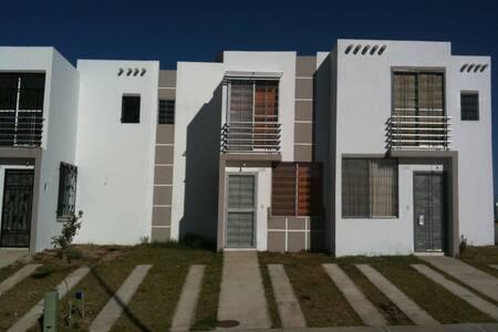 Casa Nueva - Tonala