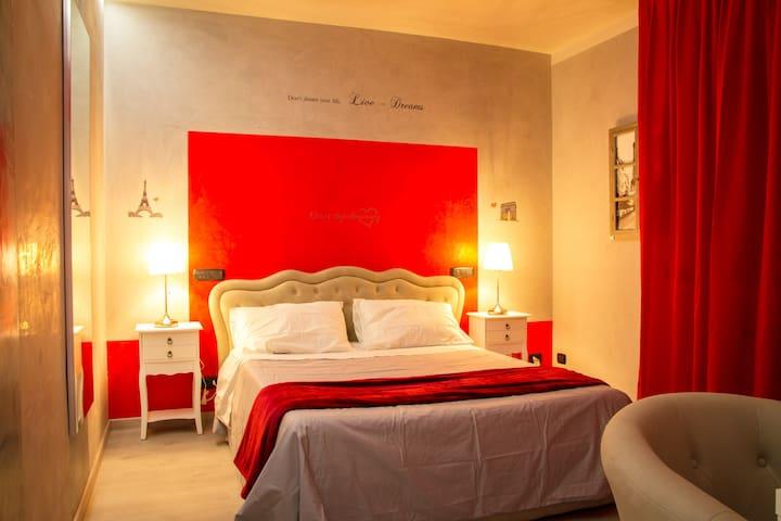 Suite Paris love nest
