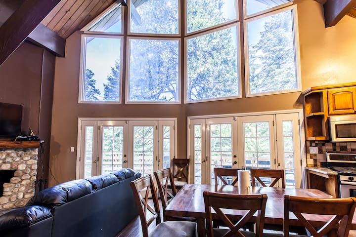 Black Bear Lodge - Lake Arrowhead - Huis