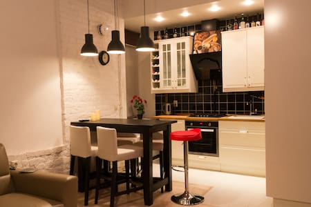 Cosy and modern flat in the City center - Sankt-Peterburg