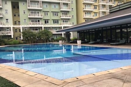 Cozy Apartment in Fort Bonifacio(BGC) - Makati