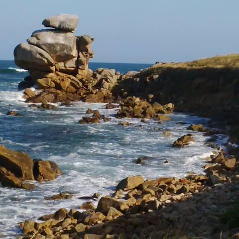 Ballade sur la côte de Saint-Samson commune de Plougasnou