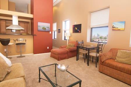 One Bedroom Condo with Den, Big Deck & City Views.