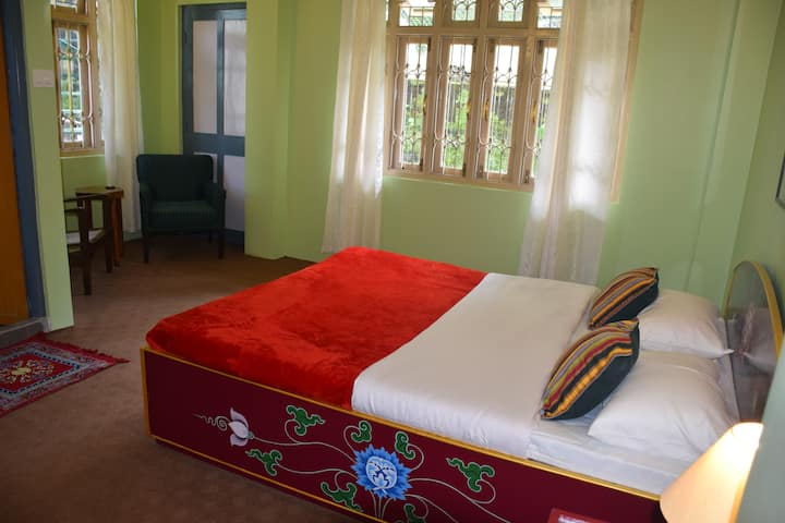 Luitel Homestay- Artsy Luxury Retreat - Room 5