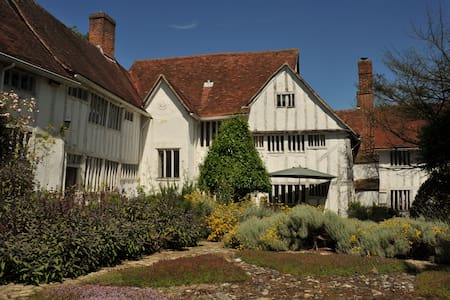 Beautiful converted Dairy in the heart of Lavenham - Lavenham - Hus