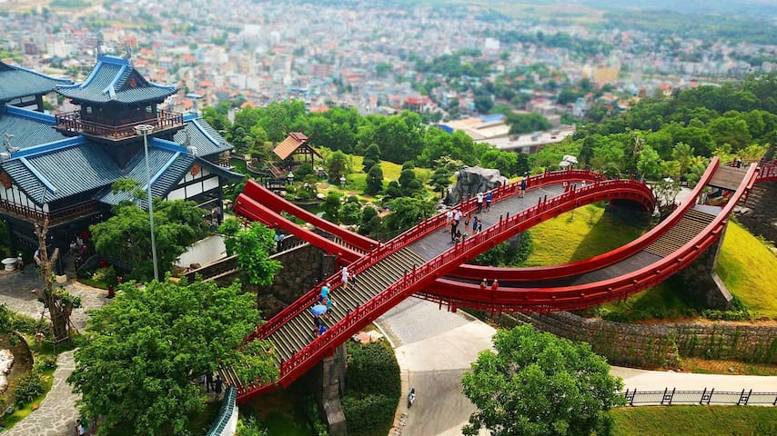 Sunworld Halong park -  a complex with Dragon park, Typhoon Park, Queen cable car and Sun wheel - just 7 minutes from our home.