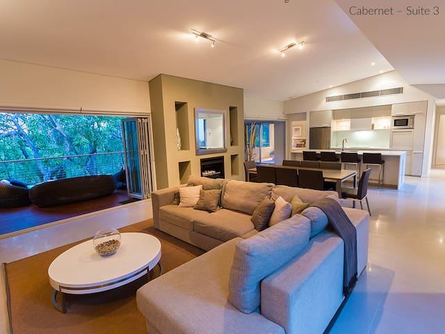Flutes Escape - luxury stay, Margaret River - Wilyabrup - บ้าน
