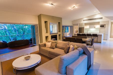 Flutes Escape - luxury stay, Margaret River - Wilyabrup - Rumah