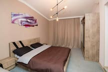 Спальня и кровати