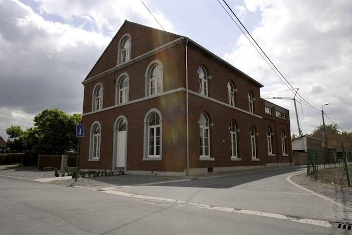 12 pers huis in het rustieke Richelle 17km van nl
