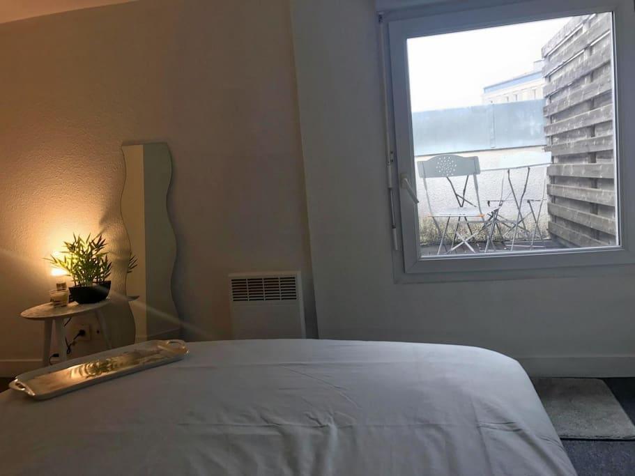 Votre chambre et terrasse