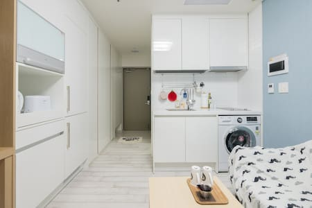 ** A Cozy Private Studio for Friends or Couples ** - Seoul - Apartmen