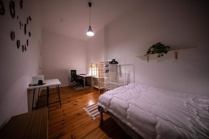 Private room in the heart of Friedrichshain