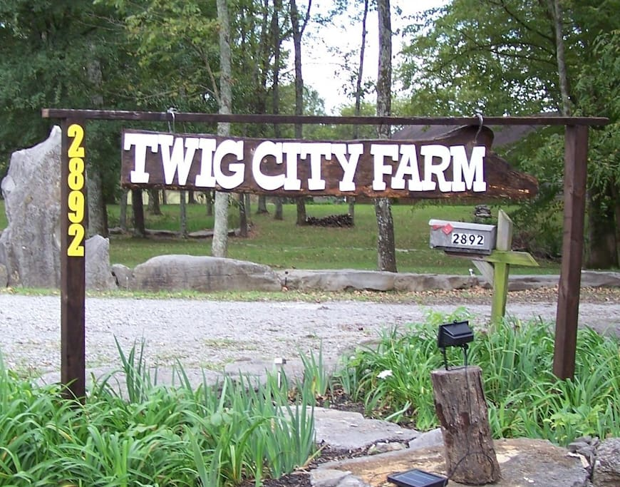 Limerence Tiny House @ Twig City Farm! - Tiny houses for ...